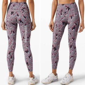 """lululemon Fast and Free HR Tight 25"""" NWT Size 2"""